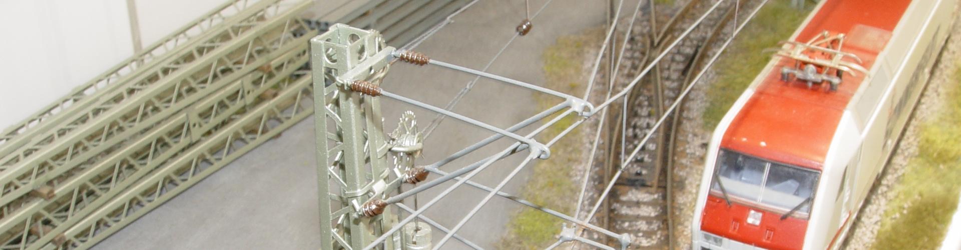 H0//H0m 140mm hoch 2 Stück Sommerfeldt 125 Turmmast lackiert